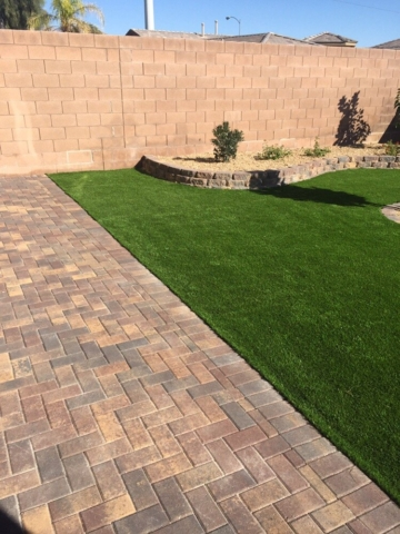 Picture courtesy of Las Vegas Artificial Turf Pros